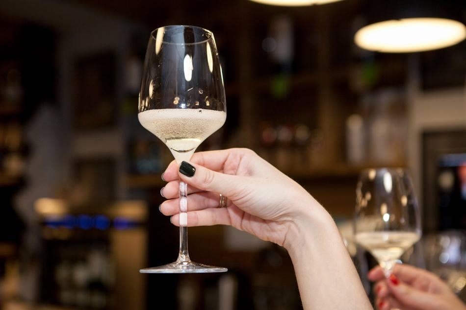pocal a vinului spumant